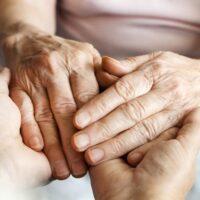 امنیت خانه برای سالمندان